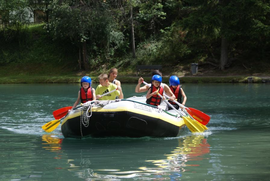 Rafting auf dem Badesee in Hoch-Imst