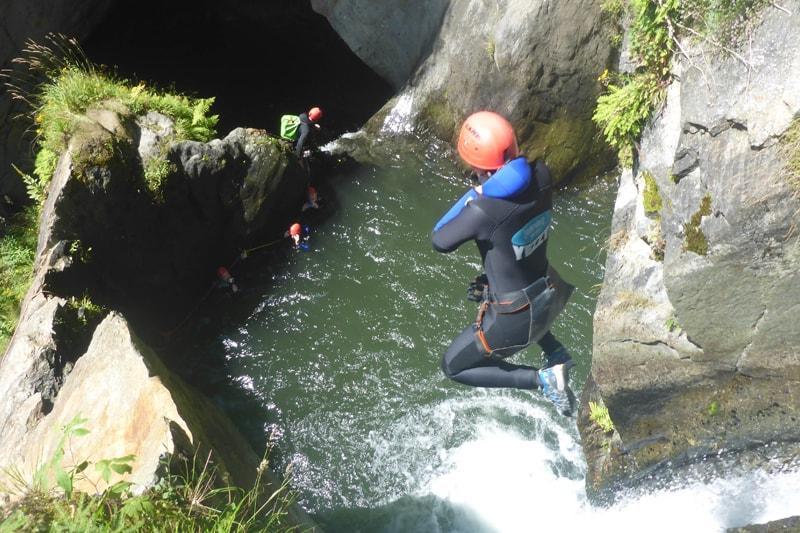 Canyoning, Wandern, Hütte und Grillen