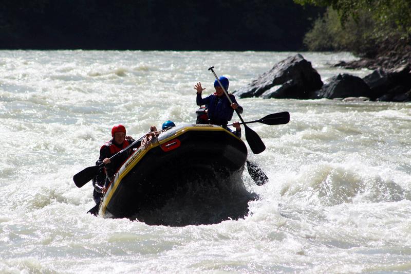 Wildwasser Tour beim Rafting JGA