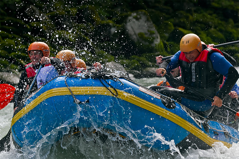 Wildwasserrafting Schweiz